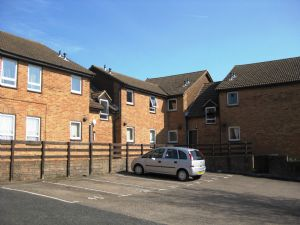 Apartment / Flat To Let in Tollgate Hill, Crawley