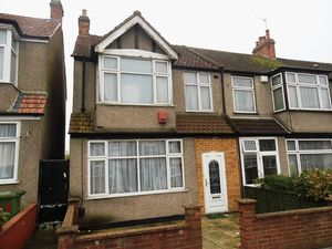 House To Let in Northborough Road, Norbury, LONDON