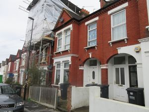Apartment / Flat To Let in Mersham Road, Thornton Heath