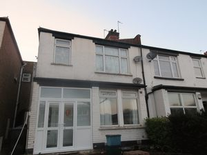 Apartment / Flat To Let in Brighton Road, South Croydon