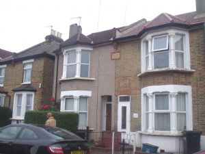 House To Let in Croydon