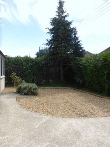 Front Garden/driveway- click for photo gallery
