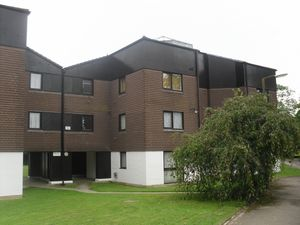 Apartment / Flat To Let in Ifield, Crawley