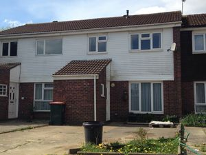 House To Let in Purcell Road, Crawley