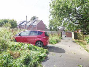 Parking & Garden- click for photo gallery