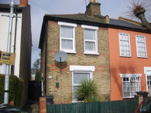 House To Let in Northbrook Road, CROYDON