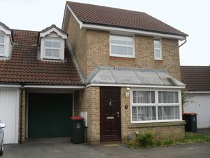 House To Let in Campbell Road, Maidenbower, Crawley