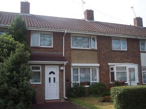 House To Let in Langley Green, Crawley