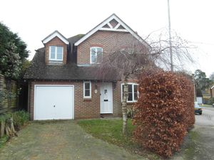 House To Let in East Grinstead