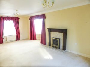 Living Room- click for photo gallery