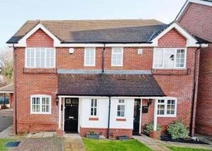 House To Let in Heathfields Close, Ashtead