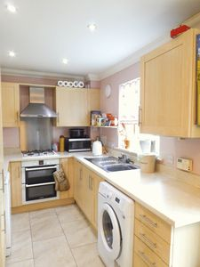 Kitchen Area- click for photo gallery