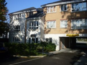 Apartment / Flat To Let in North Road, CRAWLEY