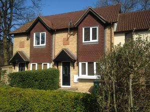 House To Let in Harold Road, Worth, Crawley