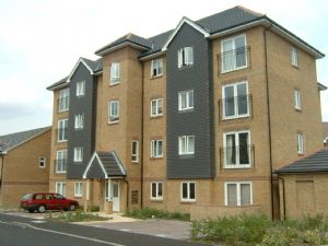 Apartment / Flat To Let in Waddon, Croydon