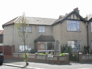 House To Let in West Croydon