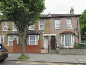 House To Let in Frant Road, Thornton Heath