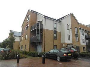 Apartment / Flat To Let in Watson Place, London
