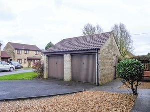 Double Garage- click for photo gallery