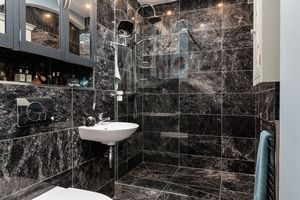 Bathroom - click for photo gallery