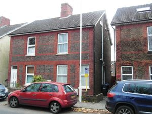 Apartment / Flat To Let in East Grinstead