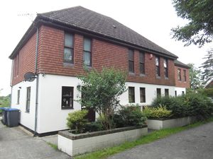 Apartment / Flat To Let in Crawley Down