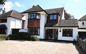 House To Let in Outwood Lane, Chipstead, Coulsdon