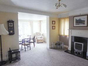 Living Area- click for photo gallery