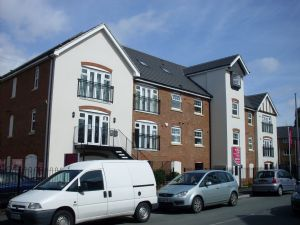 Property To Let in Woodfield Road, CRAWLEY