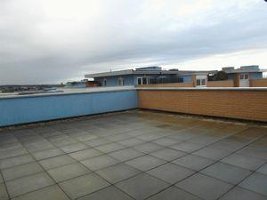 Apartment / Flat To Let in 21 Whitestone Way, Croydon
