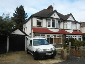 House To Let in Norman Avenue, South Croydon