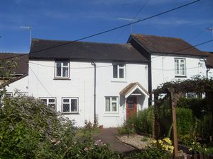 Property To Let in North Road, Crawley