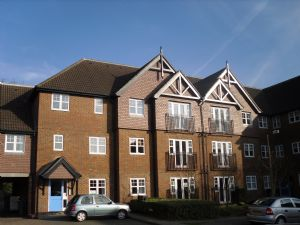 Apartment / Flat To Let in Worth, Crawley