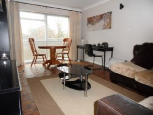 Apartment / Flat To Let in Sutton