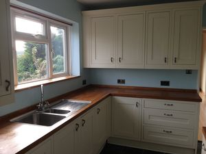 House To Let in Ingleboro Drive, Purley
