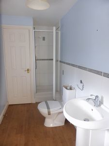 Live Works Shower Room- click for photo gallery