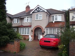 Not Specified To Let in Ballards Way, South Croydon