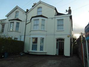 Apartment / Flat To Let in Bensham Manor Road, Thornton Heath