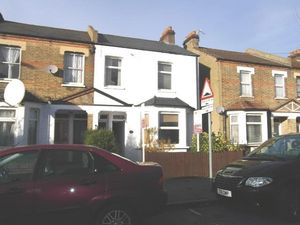 Apartment / Flat To Let in Alexandra Road, Croydon