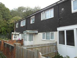 House To Let in Underwood, New Addington, Croydon