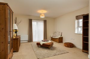 Lounge- click for photo gallery