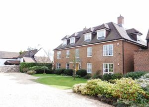 Apartment / Flat To Let in Meade Court, Walton on the Hill, Tadworth