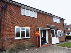 House To Let in Marbles Way, Tadworth