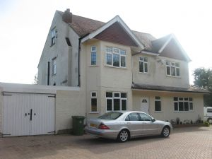 House To Let in Lower Kingswood, Tadworth