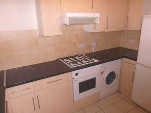 Apartment / Flat To Let in Lansdowne Road, Croydon