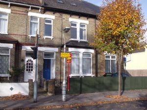 Apartment / Flat To Let in Sydenham Road, Croydon