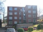 Apartment / Flat To Let in South Croydon
