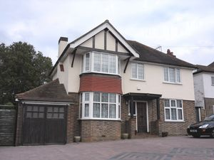 House To Let in Marlpit Lane, Coulsdon