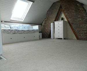 Loft Room - click for photo gallery