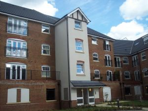 Apartment / Flat To Let in Woodfield Road, Crawley